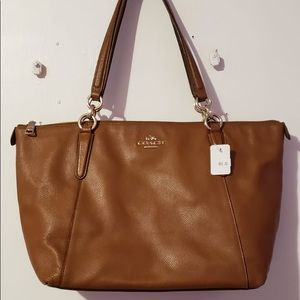 Coach Tan Essential Shoulder Handbag